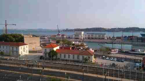 Palácio Conde de Óbidos vista para a Gare da Rocha