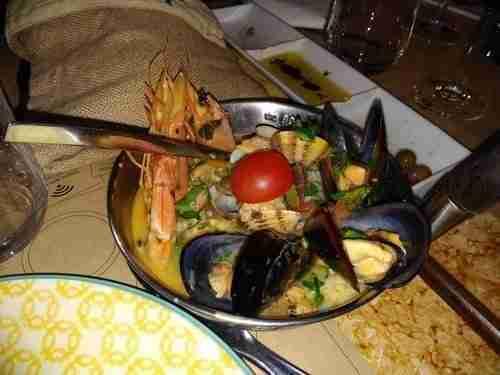 Belo petisco, Arroz do Mar, com peixe, berbigão, mexilhão e camarão