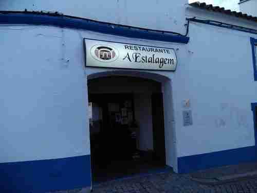 Entrada do Restaurante em Arronches.